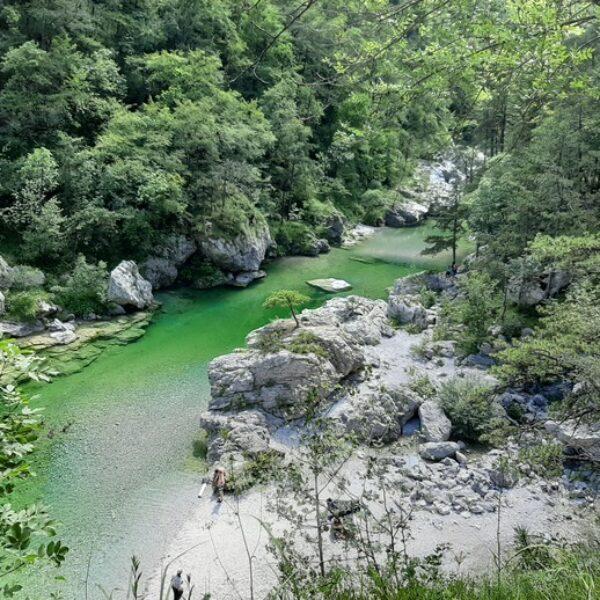 Pozze Smeraldine di Tramonti di Sopra: un paradiso
